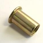 Заклепка-гайка с цилиндрическим бортиком
